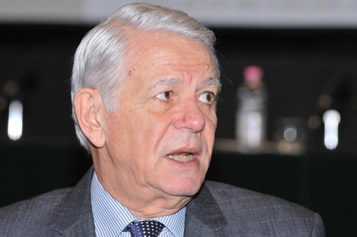 Demisia nu-l scapă pe Teodor Meleșcanu de răspunderea penală. VEZI modelul de plângere penală