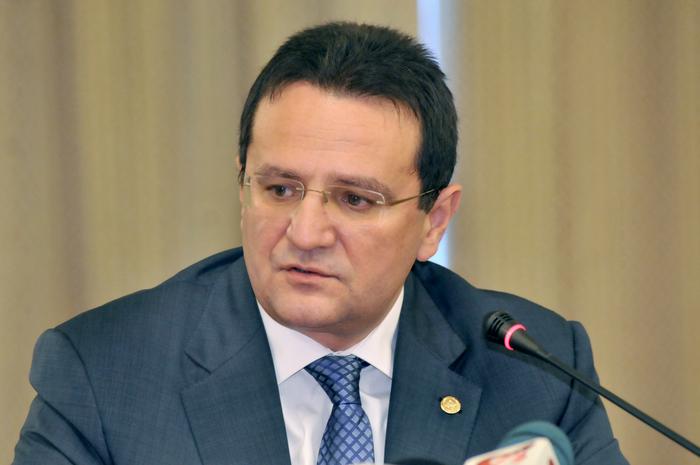 Contestat puternic de societatea civilă, George Maior și-a dat demisia de la conducerea SRI. Iohannis i-a acceptat-o