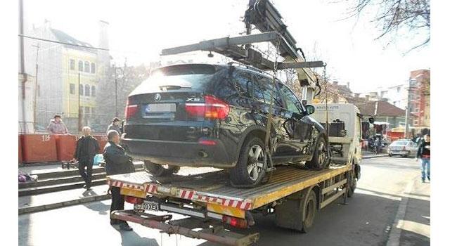 Şoferi, daţi în judecată primăriile! Autorităţile au ridicat nelegal maşinile de pe străzi