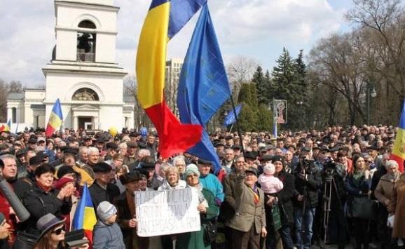Protestele din Chişinău văzute de presa rusă