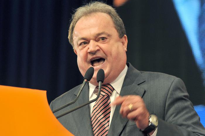 Vasile Blaga, înfundat de fostul ministru Vâlcov. Cine controlează, de fapt, firma Tehnologica Radion