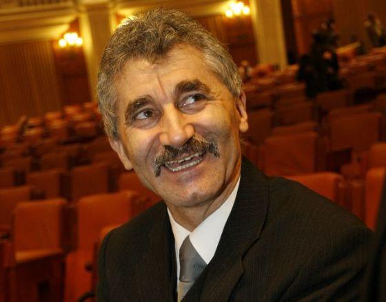 UPDATE Deputatul Ioan Oltean, săltat de pe aeroport. Suspiciuni de despăgubiri ilegale într-un dosar ANRP