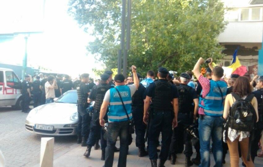 jandarmi proteste