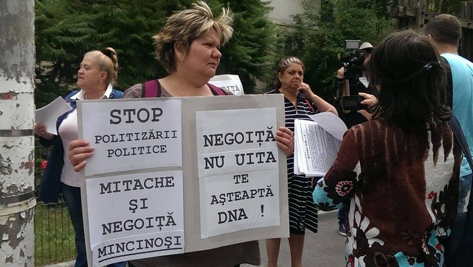 negoita protest 4