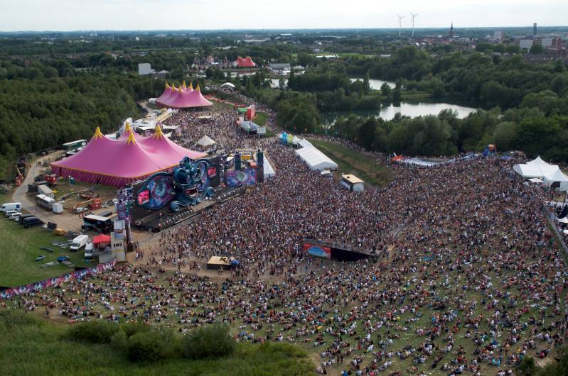 tomorrowland boom