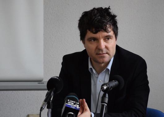 """Nicușor Dan: """"Votul majorității Consiliului General pentru declararea insolvenței RADET este iresponsabil"""""""