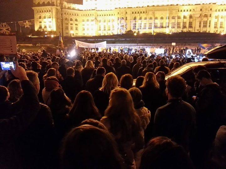 PACT organizează proteste împotriva deciziilor Parlamentului din ultima perioadă