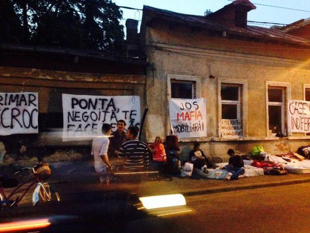 Despre priorităţile privind locuinţa socială sau Ziua în care am aflat (din nou) că mai sunt mulţi oameni vulnerabili care au nevoie de locuinţe decente în România