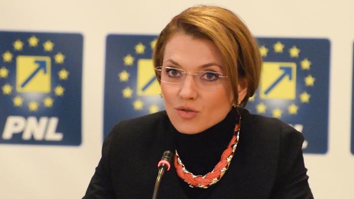 De ce doamna Gorghiu ar trebui să retragă proiectul Legii Prevenției în Sănătate imediat