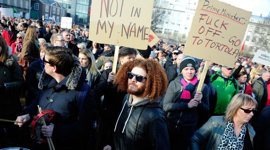 protest islanda 3