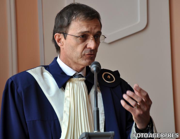 Rectorul UBB Ioan Aurel Pop a demisionat din funcția de președinte al CNATDCU