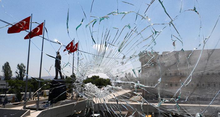 ASTĂZI: Protest în liniște în fața Ambasadei Turciei din București