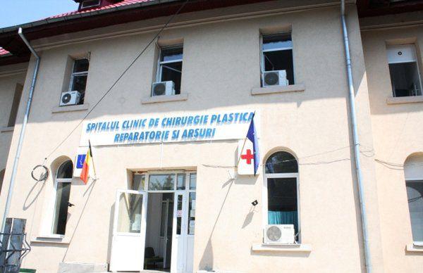Tolo.ro a prezentat o înregistrare de la Spitalul de Arși care arată viermi pe ceafa unui bolnav!