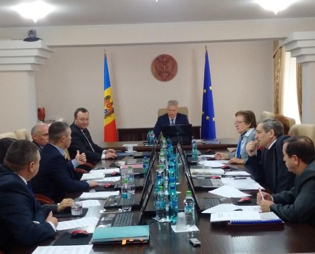Centrul de Resurse Juridice din Moldova cere mai multă transparenţă, obiectivitate şi imparţialitate din partea CSM-ului de la Chișinău
