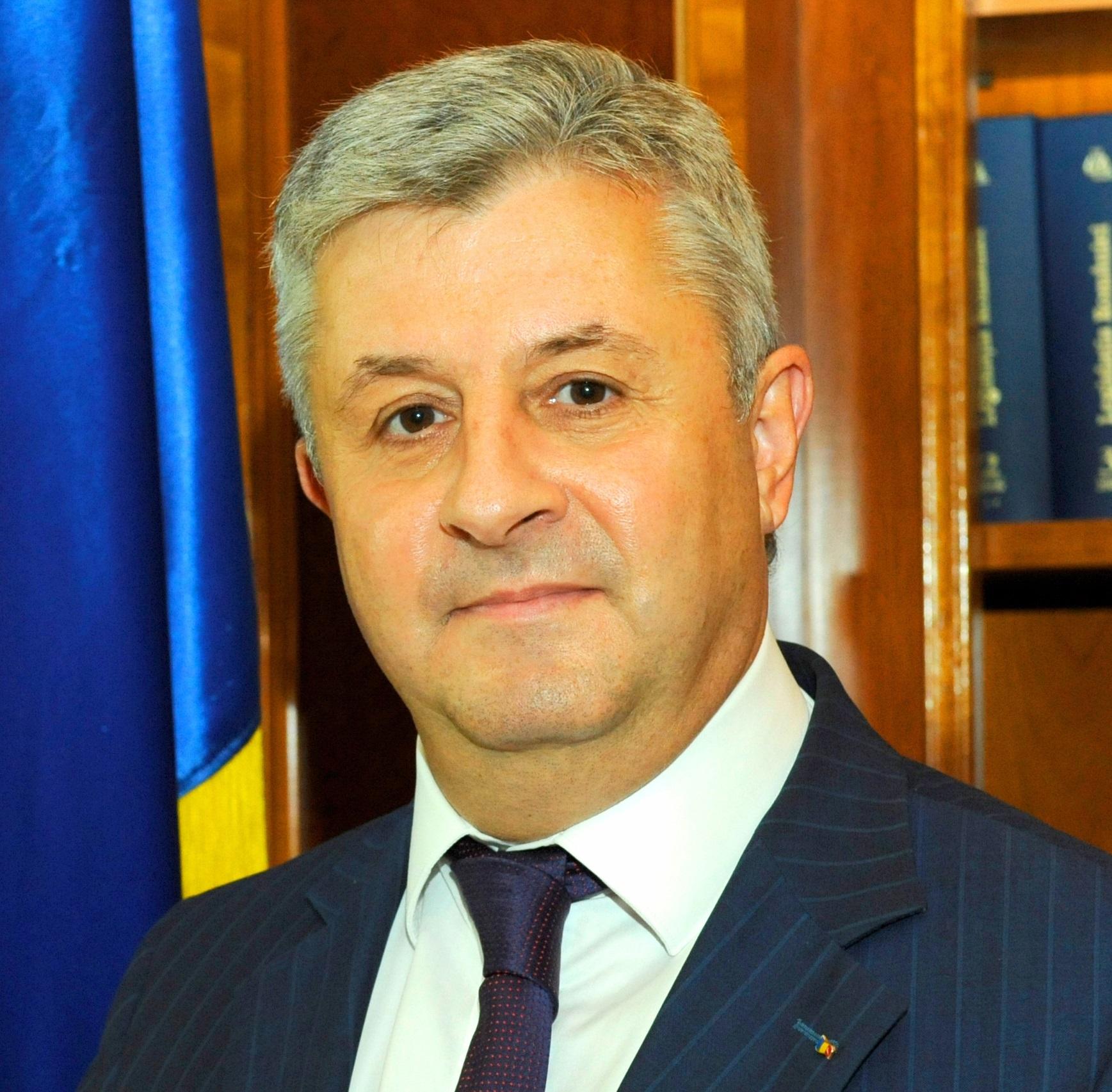 Cei 8 beneficiari din județul Bacău ai modificărilor lui ...  |Florin Iordache