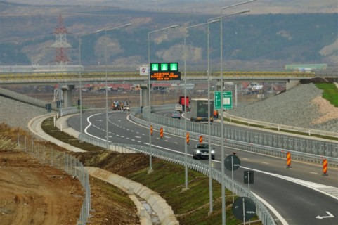 USR i-a trimis lui Stroe lista de priorități privind infrastructura