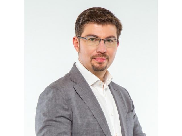 Primarul Bacăului, Cosmin Necula, vrea să reintroducă taxele pentru informații publice