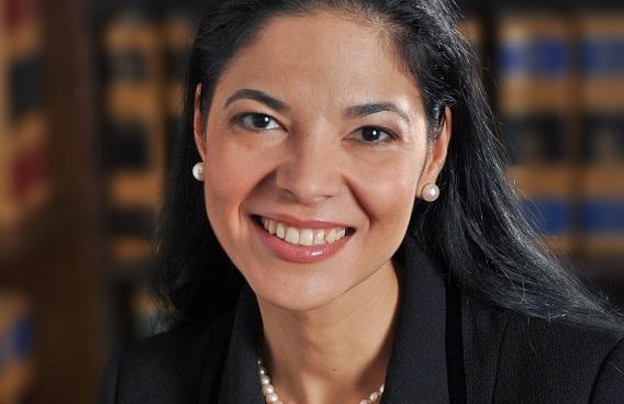 Cine e Ana Birchall, cel mai bogat dintre miniștii Justiției. Are o avere de 23 de milioane de euro și e unul din marii donatori ai PSD