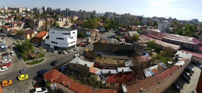Bucureștiul, văzut de la fereastra de 4 stele a lui Negoiță