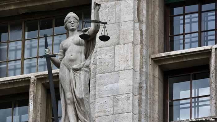 DW: Reforma lui Tudorel Toader facilitează intervenția politică în dosarele procurorilor