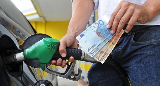 După salarii, PSD crește taxele: vrea să majoreze accizele la carburanți