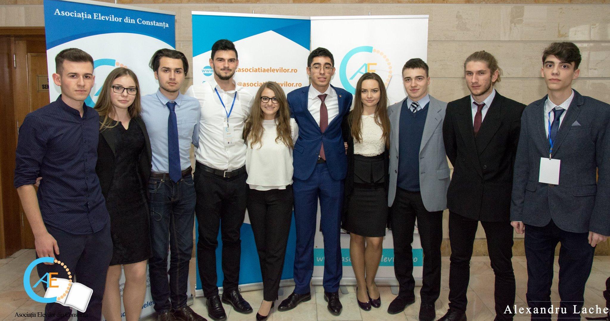 Asociațiile de elevi din România condamnă modificarea de către MEN a ROFUIP