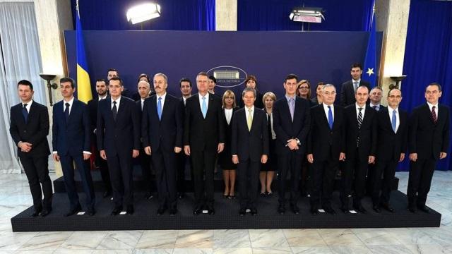 Tehnocrația ucide democrația? Rezultatele sondajului România Curată despre cultura politică