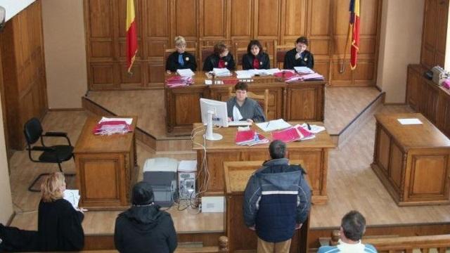 Forumul Judecătorilor: Suntem în criză de magistrați și grefieri, angajați urgent!