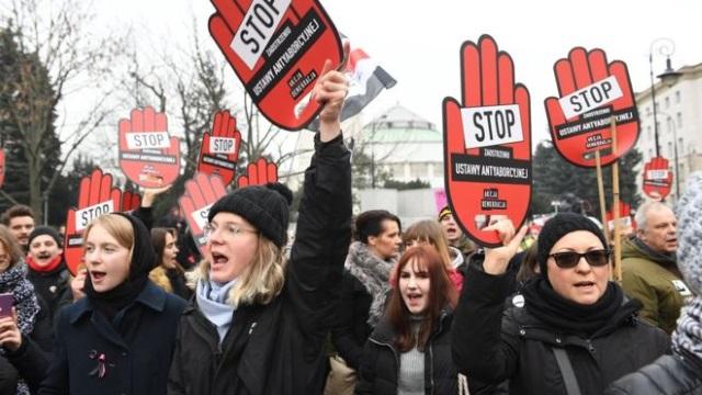 Polonia – Opoziția liberală conduce în sondaje!
