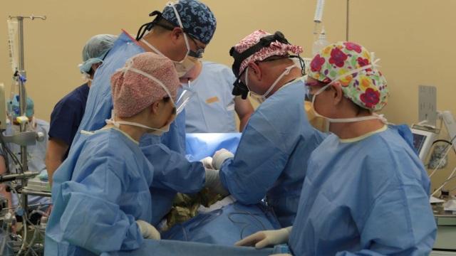 Cum s-a amânat azi primul transplant de plămâni din România