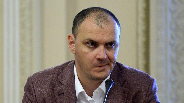 Sebastian Ghiță capătă încă o achitare – pentru șantaj, spălare de bani, cumpărare de infuență, folosire de informații nedestinate publicității și conducere fără permis