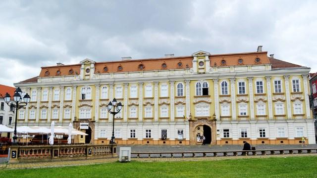 Muzeul de Artă din Timișoara din criză în criză. Inaptitudinea managerială face ravagii