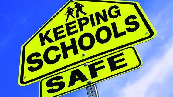 Luăm statul la întrebări: asigură autoritățile locale resurse pentru paza unităților de învățământ?