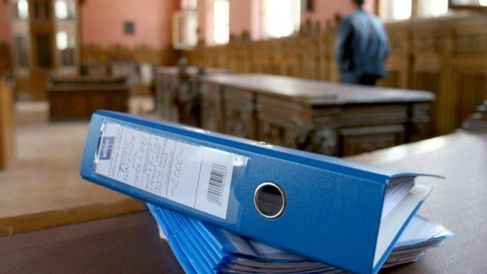Luăm statul la întrebări: când va fi implementat dosarul electronic la nivel național?