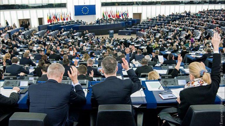Spune-mi ce ai face ca europarlamentar ca să îți spun cine îți merită votul