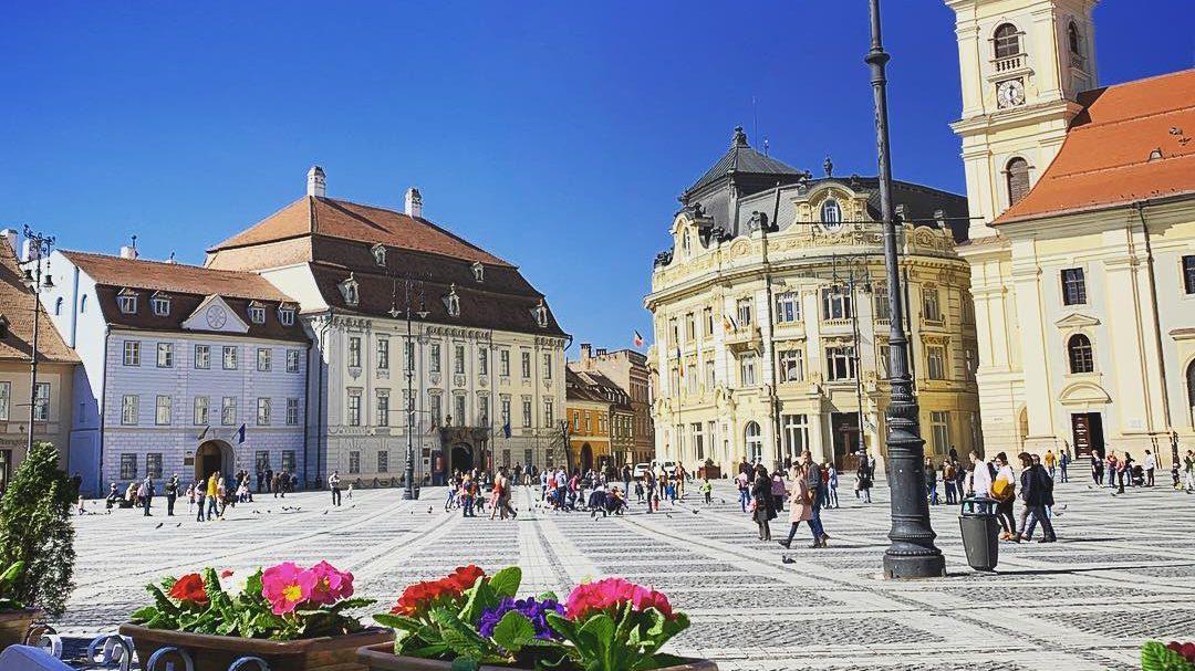 Primăria Sibiu încalcă legea exceptând autorizațiile de construire din lista documentelor de interes public