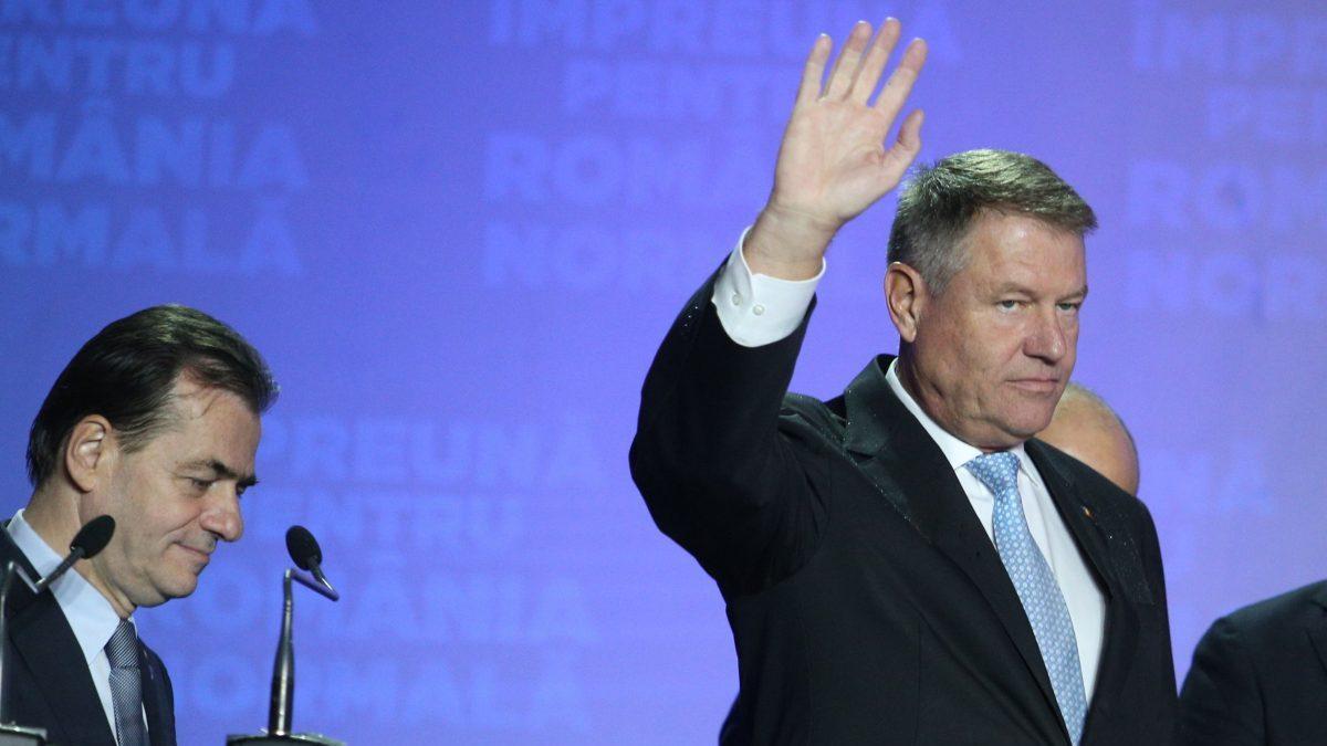 TOLO: În loc să ne roage candidatul să-l ascultăm, a ajuns poporul să-l implore să ne vorbească!