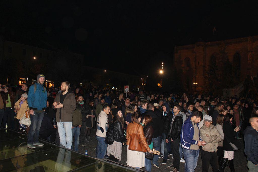 IMPRESIONANT: Peste 10.000 de clujeni la marșul de solidaritate cu diaspora. Galerie FOTO & VIDEO