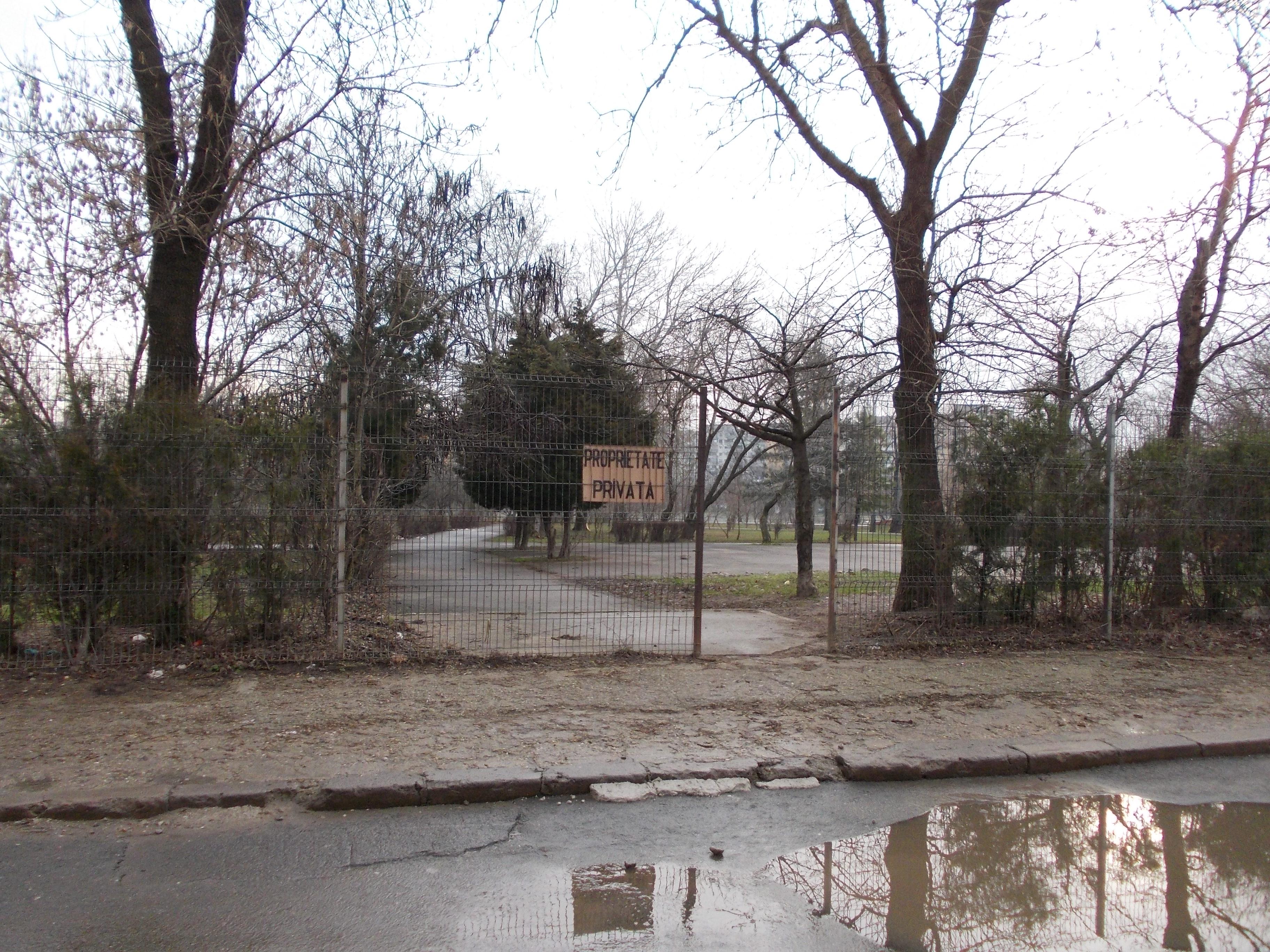 Tribunalul a suspendat distrugerea Parcului Plumbuita. Onțanu sfidează judecătorii și vrea să îl betoneze