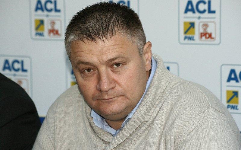 Fostul șef al județului Botoșani, reținut de procurorii DNA pentru trafic de influență