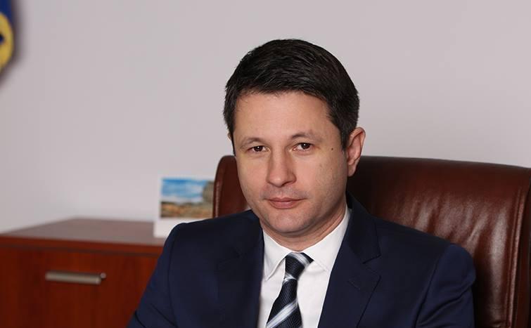 Băieții deștepți ai Guvernului Cioloș. Azi, Victor Grigorescu