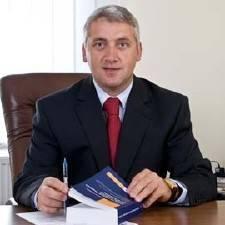 Adrian Țuțuianu, noul președinte al comisiei de control a SRI. El și alți patru membri, pe Lista neagră a României Curate