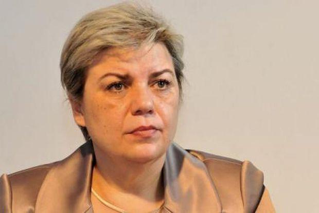 Sevil Shaidehh, fosta înlocuitoare a lui Dragnea la Ministerul Dezvoltării, propusă premier de PSD și ALDE
