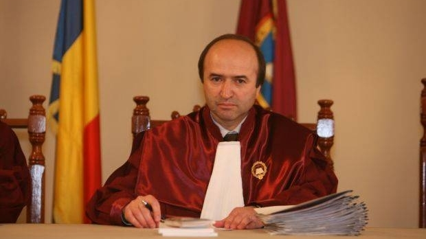 Propunerea lui Grindeanu pentru Justiţie: Tudorel Toader, rectorul Universităţii din Iaşi