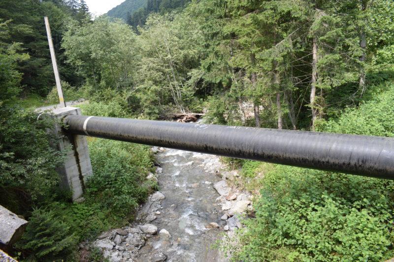 Valea Dejani: râul de munte cu albia secată de om