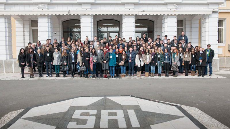 Asta e urgența zero în educație după Guvernul Orban: crearea unui registru paralel al studenților de la Academia SRI