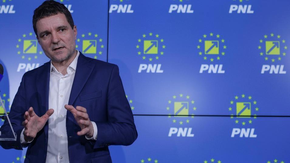 Orban face în sfârșit ceva rațional